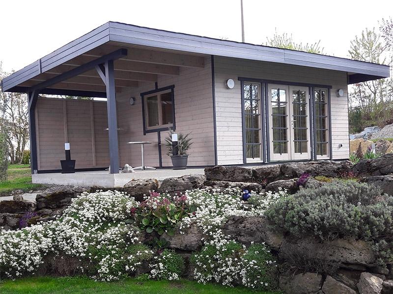Pultdachhaus-mit-linksseitigem-Anbau