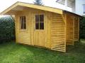 Gartenhaus mit unterteiltem Holzlager